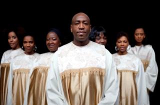 Hommage défunt avec une messe souvenir en Gospel